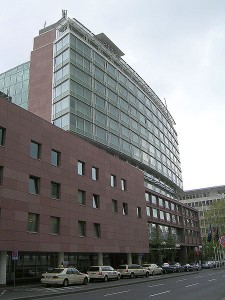 450px-Hilton_Hotel_Hochstraße,_Frankfurt